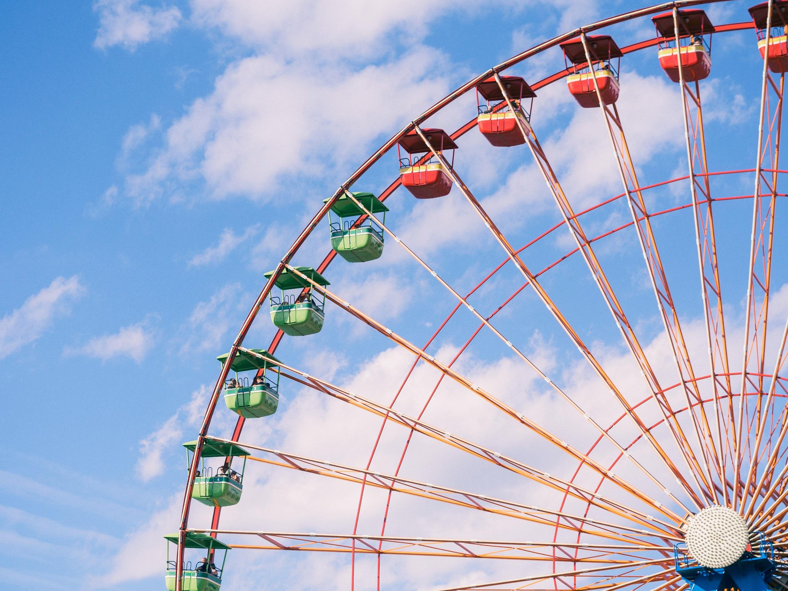 Riesenrad mit 360-Grad-Blick